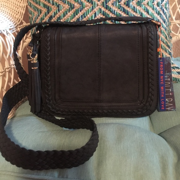 1c0157feee Free People Violet Ray Kourtney Messenger Bag