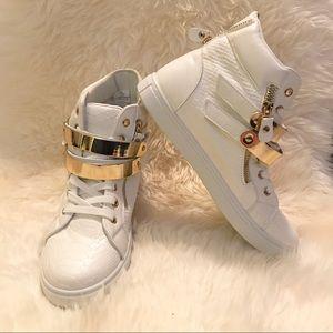 LILIANA women's white faux leather snakeskin shoes
