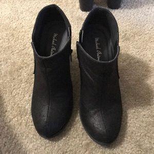 Michael Antonio ankle boots