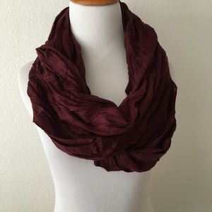 Accessories - 🆕 Burgundy Infinity Scarf