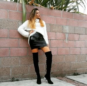 🆕//The Zion// Black knee high diamond heel boots