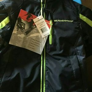 NWT Size 4 Boys Winter Jacket. Weatherproof.