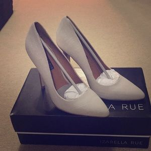 Ivory linen pumps. Brand new in box.