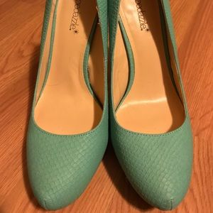 "Sz 8 Tiffany blue/aqua 5"" high heel pump stiletto"