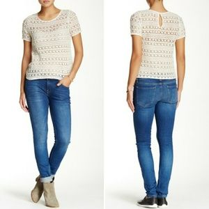 Joie // Mid-Rise Rolled Skinny Jeans