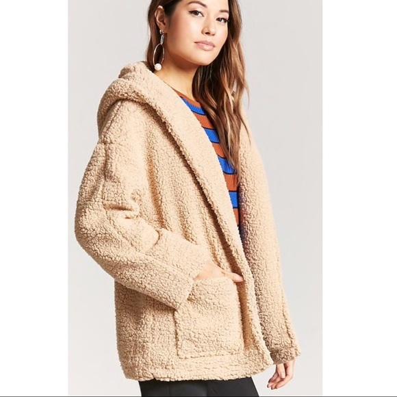 Shearling hooded jacket. M 5a0e14b4eaf0308eb8001246 a0d9e8b8d