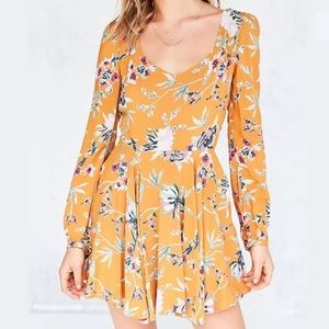 Urban Outfitters Ecote Floral Dress SZ 0