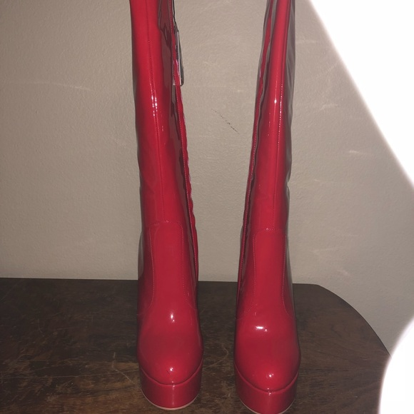 cd48bb8a9f32 Knee high red boots NWT
