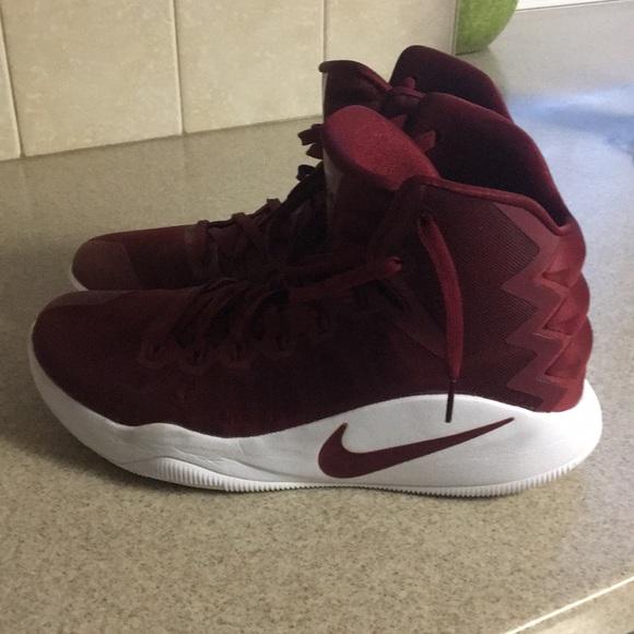 Nike Shoes | Mens Nike Zoom Size 5