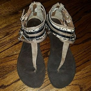 American Outfitters Sandals