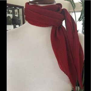 Red choker scarf