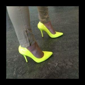 aldo, neon yellow shoes