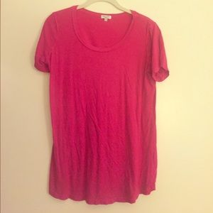 Spendid maternity t shirt in pink.