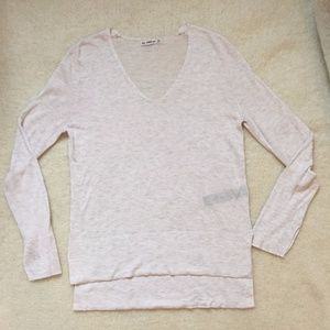 Zara Knit Long Sleeve V- Neck High/Low Sweater M