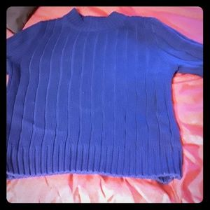 Turtle neck sweater shirt