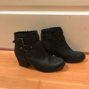Tony Bianco Daisey motorcycle ankle boots - size 6