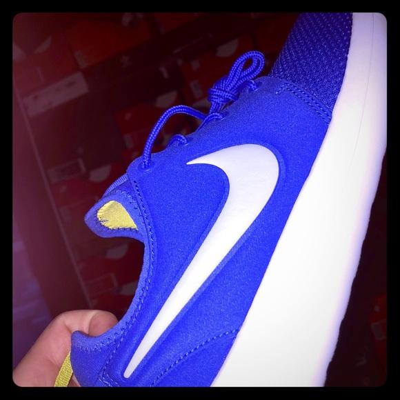bdb96bd9b51c NEW Nike Rosh Two Parount Blue 🐺Grey