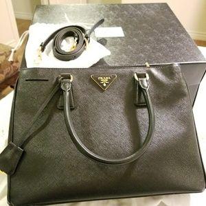 Like New Authentic PRADA Saffiano Bag