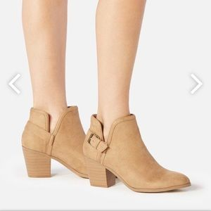 ✨ Camel Just Fab Lonnie Booties