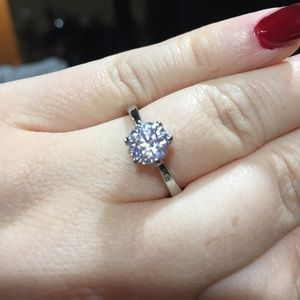 Jewelry - Sparkley round engagement bridal ring silver nwt