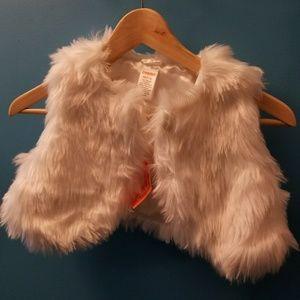Faux fur vest nwt girl size 8