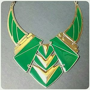Fashion Statement Necklace Goldtone and Green