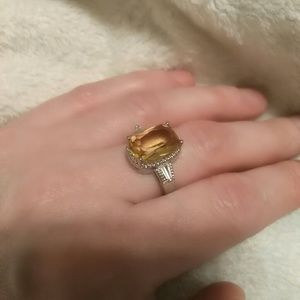 Accessories - Stunning cocktail ring