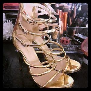 Beautifull gold heels