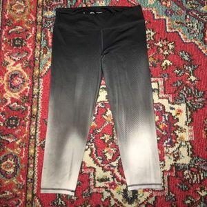 Pants - Black Fade Workout Capris