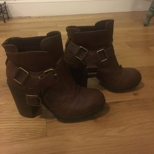 Women's brown boots dolce vita