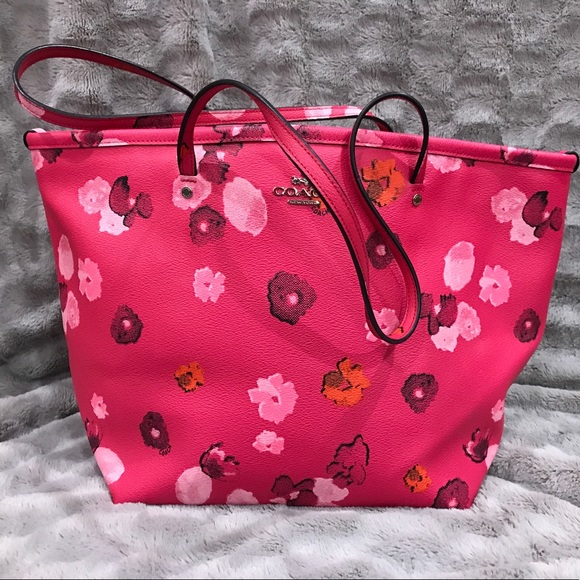 7d4ee77675a8 Coach Bags | Special Mothers Day Pink Floral Zip Tote | Poshmark