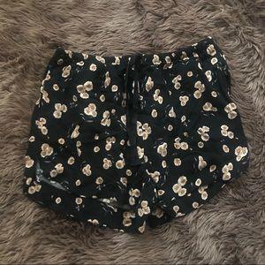 Brandy Melville sunflower Eve shorts