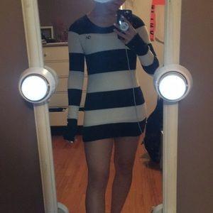 Gills Hicks Oversized Sweater