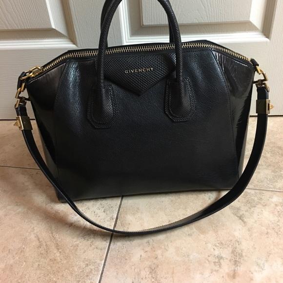 Givenchy Handbags - Givenchy Antigona Large Bag (offers welcome) dea110dc42b1b