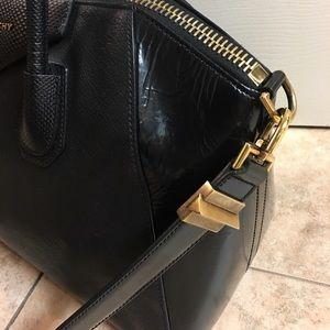 Givenchy Bags - Givenchy Antigona Large Bag (offers welcome) 157973dea442e