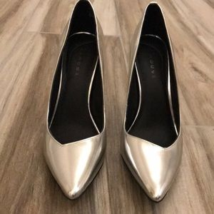 🛍High heels