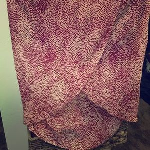 Maroon and speckled cream tulip skirt