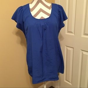 Blue short sleeve maternity top