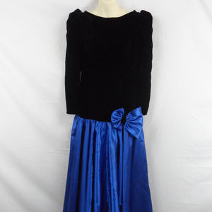80s Gorgeous Velvet/Satin Dress