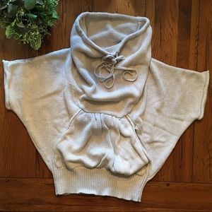 LA MADE cowl neck cotton sweater