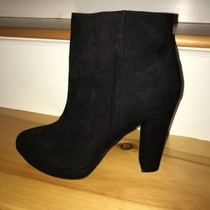 Reprt Black Booties New in Box