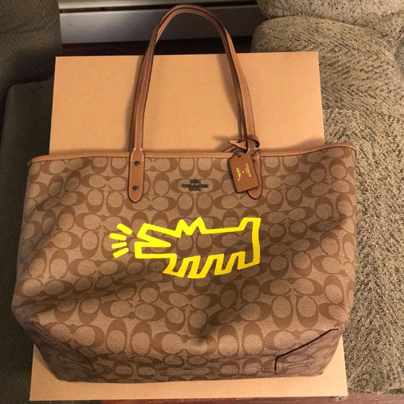 fe8aa7f401a7 Authentic Coach Keith Haring reversible tote