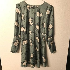 dae505fd40f0 Free People Dresses - Free People Long Sleeve Green Floral Dress (NWT)