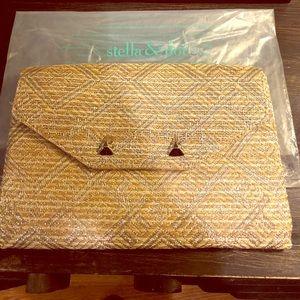Handbags - Clutch ~ raffia style