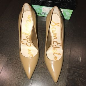NWT NWB SAM EDELMAN NUDE PATENT LEATHER PUMPS - 8