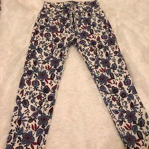 Slim fitted flowered khakis