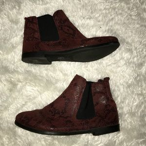 TopShop Red Snakeskin Pattern Chelsea Boots