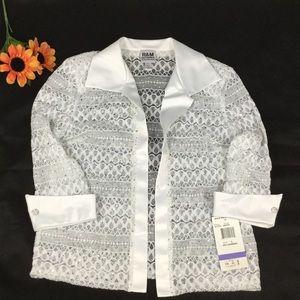 R&M Richards lace blouse size L-NWT