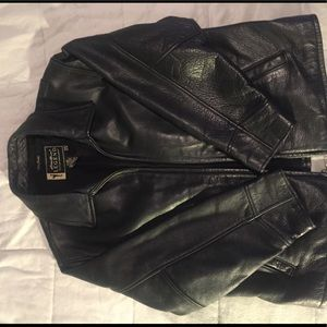 Eddie Bauer women's leather jacket
