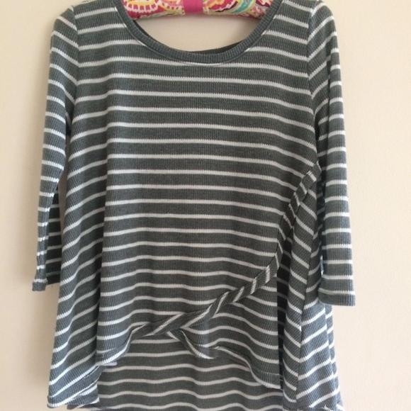 Hollister Tops Striped 34 Length Sleeve Knit Top W Layered Hem